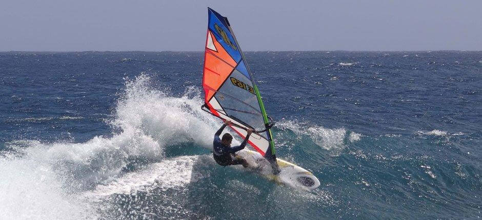 Windsurfing in Las Cucharas + Windsurfing spots of Lanzarote